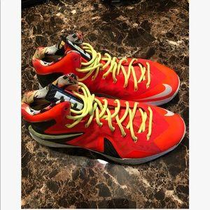 Nike Lebron X Neon Orange, size 15